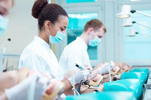 La Mutualité Française Saône-et-Loire s'engage auprès des étudiants en odontologie!
